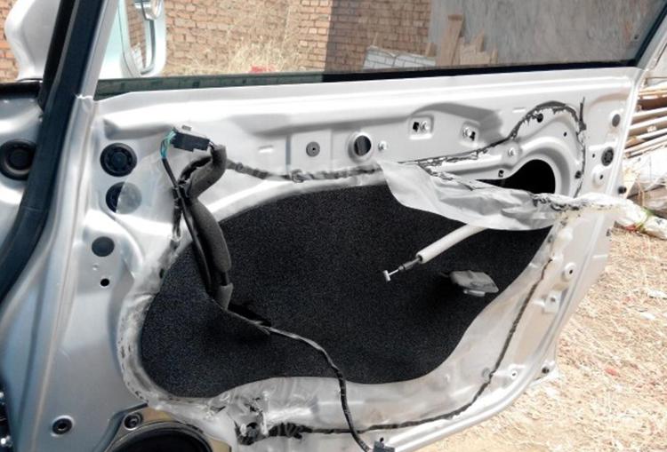 车门防水膜安装