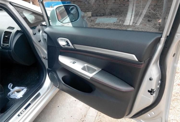 车门防水膜安装完成