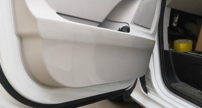 汽车犀牛皮保护膜